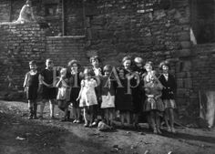 Miners' children in Ashington, Northumberland by the architectural photographer Edwin Smith KR. Kingdom Of Northumbria, North East England, Architectural Photographers, Coal Mining, Women's History, Historical Pictures, Newcastle, Countries, Britain