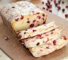 Looking for the best Cranberry Orange Bread recipe ever? This yogurt bread is packed with cranberry and orange flavor and it is perfect for the holidays. Just Desserts, Delicious Desserts, Dessert Recipes, Yummy Food, Tasty, Fall Desserts, Loaf Recipes, Cooking Recipes, Easy Recipes