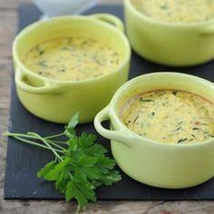 Découvrez la recette Flan de courgette au lait de coco sur cuisineactuelle.fr.