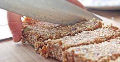 Raw Quinoa, Raisin and Pumpkin seed flapjack Bread Bar, No Bake Snacks, Eat Dessert First, Raisin, Food Inspiration, Quinoa, Recipe Ideas, Plant Based, Catering
