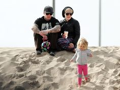 Star Tracks: Friday, December 20, 2013 | PARADISE FOUND | Life's a beach for Pink, who hits the sand in L.A. with husband Carey Hart and daughter Willow, 2½, on Wednesday.