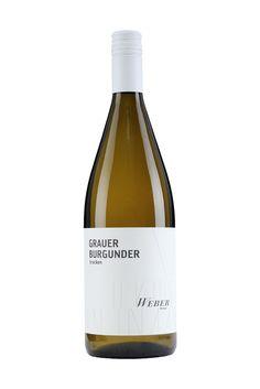 Weingut Weber | Ettenheimer Kaiserberg |  GRAUER BURGUNDER 1 LITER trocken »DER ALLROUNDER« Er überzeugt mit einem vollen Bukett und intensiven Duftaromen der verschiedensten Richtungen. Fruchtige Aromen die auf Birnen, Ananas, Zitrusfrüchte, Rosinen oder Trockenobst schließen lassen. Der Allrounder – saftig, fruchtig, lecker. Ein Wein zum wegschlotzen. 5,00 € #Weingut #Weber #Wein #Grauburgunder #Pinot #trocken #Qualitätswein #Design #Architektur #packaging #wine
