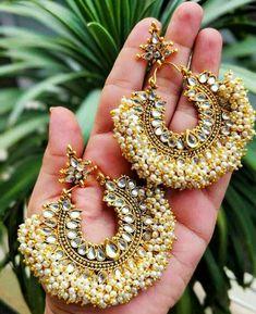 Indian Jewelery, traditional Jewelery,Kundan earrings,Rajwada earrings lined with fine pearls - pearl jwellry - Jewelry Indian Jewelry Earrings, Indian Jewelry Sets, Silver Jewellery Indian, Jewelry Design Earrings, Indian Wedding Jewelry, Gold Earrings Designs, Ear Jewelry, Silver Earrings, Jhumka Designs