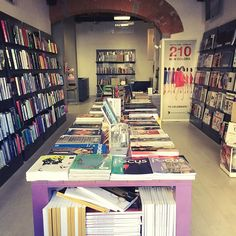 Our showroom in via il Prato. Florence, Italy. Fashion and design magazines and books. Trends and graphics books. Pantone cotton and paper www.fashionroomshop.com