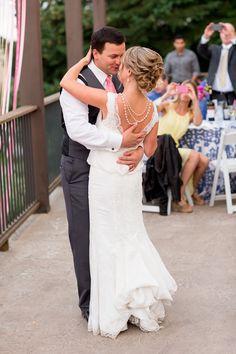 Photography: Altura Studio - alturastudio.com  Read More: http://www.stylemepretty.com/2014/05/13/elegant-oregon-wine-country-wedding/