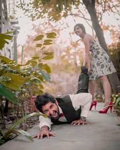 ideas photography ideas poses men engagement pictures for 2019 Pre Weding, Pre Wedding Poses, Pre Wedding Photoshoot, Wedding Shoot, Prewedding Photoshoot Ideas, Post Wedding, Indian Wedding Couple Photography, Wedding Couple Photos, Couple Photography Poses