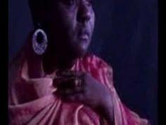 """Virgínia Rodrigues - Negrume da Noite   Do BLUES do Mississippi ao Samba-de-Roda - """"É NÓIZ"""" - que (#Cantando_e_Dançando) Re-Criamos o Lugar d@s Noss@s Ancestrais African@s Atemporais em Nós, Aqui & Agora. Segundo o Gilberto Gil o Melhor Lugar do Mundo!"""