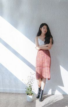 Photo album containing 186 pictures of IU Kpop Fashion, Korean Fashion, Fashion Outfits, Cute Spring Outfits, Cute Outfits, Korean Actresses, Kpop Outfits, Korean Beauty, Alter