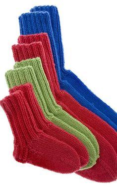 Handicraft, Knit Crochet, Slippers, Knitting, Crafts, Diy, Fashion, Socks, Wrist Warmers