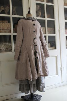 Bohemian Damesmode take lg linen dress and add placket.B