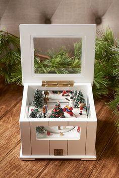 It's A Christmas World Music Box Christmas World, Christmas 2015, Xmas, Christmas Stuff, Christmas Ideas, Christmas Wood Crafts, Christmas Decorations, Rivera Maison, Merry Little Christmas