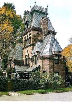 victorian home Fort Hamilton parkway Gate keepers residence Greenwood Cemetery Brooklyn NY Victorian Architecture, Beautiful Architecture, Beautiful Buildings, Beautiful Homes, Architecture Design, Beautiful Places, Victorian Buildings, Beautiful Pictures, Canopy Architecture