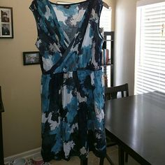 Summer dress Totally cute multi blue and white colors, cap sleeve, comes in on the waist, looks great work a skinny belt Mossimo Supply Co Dresses Asymmetrical