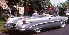 1954 Packard Panther Daytona concept A Batmobile ended up being actually a Lincoln Futura, made Panther Car, Convertible, New Sports Cars, Sport Cars, Cabriolet, Futuristic Cars, Unique Cars, Us Cars, Car Car