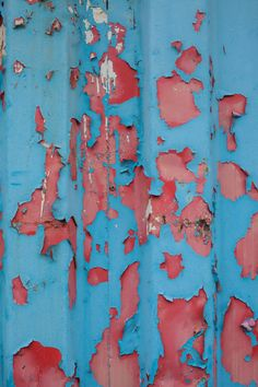 container_paint_texture_blue_red_peel_peeling