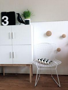 Via Flor | Vignelli 365 Calendar | Eames | Muuto Dots | Bertoia