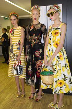 Dolce & Gabbana Spring 2016 Ready-to-Wear Fashion Show Beauty Star Fashion, Runway Fashion, Spring Fashion, Fashion Show, Fashion Outfits, Womens Fashion, Fashion Design, Cute Summer Dresses, Simple Dresses