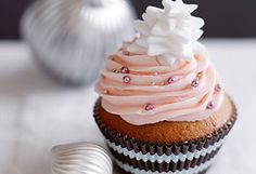 Vanille-Cupcakes mit Erdbeer-Buttercreme