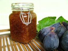 Compota de Figo com Vinho do Porto | Fig Jam with Port Wine recipe from Tia Maria's blog