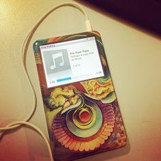 """FIX YOUR FACE #dillinger #ipod #gelaskins #thedillingerescapeplan"" via http://www.instagram.com/dln1010"