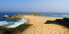 Not far from Plettenberg Bay in South Africa is the peninsula Robberg.