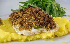 Um peixe de sabor suave que liga muito bem com este puré aromatizado. Uma receita de confeção muito simples