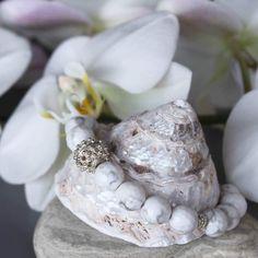 Cacholong, sterling silver bracelet