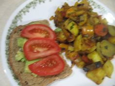 2309 #Avocado toast w #tomatoe slices & #rootvegetable stew - #jerusalemArtichoke #yellowpotatoes #carrots #turnips #rhutabega #onions and #yellowbellpepper