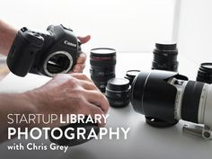 Did you just get a new DSLR? Dive in and take your photography to the next level with 25 Nikon DSLR tips to get the most out of your new camera. Dslr Photography Tips, Photography Lessons, Photography For Beginners, Photography Equipment, Digital Photography, Landscape Photography, Photography Courses, White Photography, Food Photography