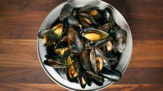 Moules à l'indienne | Zeste Eggplant, Vegetables, Food, Indian, Kitchens, Meal, Eten, Vegetable Recipes, Meals