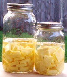 Pineapple infused Liquor (Rum or Vodka)