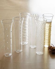 These champagne flutes are so delicate and pretty.