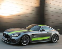 Mercedes-Benz Cars at the 2018 Los Angeles Auto Show.: The limited Mercedes-AMG GT R PRO (C and the newly launched GT series were the… Mercedes Benz Amg, Carros Mercedes Benz, Mclaren Mercedes, Benz Car, Ferrari, Lamborghini, Pimped Out Cars, Mercedes Sports Car, Sports Car Wallpaper