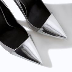 5139217bec LEATHER HIGH HEEL COURT SHOE WITH METAL CAP TOE from Zara - Perfect with  black cigarette