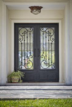 Double door entrance ideas house ideas for 2019 Iron Front Door, Double Front Doors, Front Door Entrance, Door Entryway, House Entrance, Entrance Ideas, Door Ideas, Entryway Ideas, Front Entry