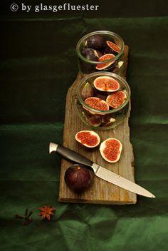 Figs in port.