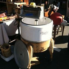 #thriftingtip: use an old #washingmachine as a #icechest for #parties! #vintage #antiques #sacantiquefaire