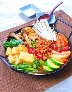 Stuffed Tofu Hot Pot(두부전골)