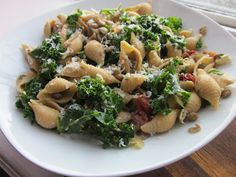 Sweet Luvin In The Kitchen: Lentil and Kale Pasta