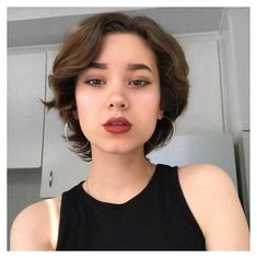 Short Hair Cuts For Round Faces, Round Face Haircuts, Hairstyles For Round Faces, Bob Haircuts, Short Hair Cuts For Women With Round Faces, Short Hair For Chubby Faces, Pixie Cut Round Face, Short Hair Cuts Teens, Short Haircuts Women