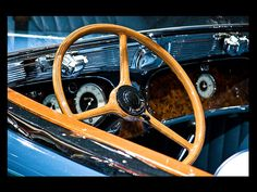 1936 Auburn Model 852 - dash