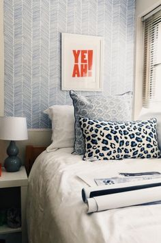dorm / room How to build a Green-house Article Body: As with garden sheds, there are two ways to bui Dream Bedroom, Home Bedroom, Bedroom Decor, Bedrooms, Bedroom Ideas, Bedroom Inspiration, Cute Dorm Rooms, Preppy Dorm Room, Dorm Room Designs