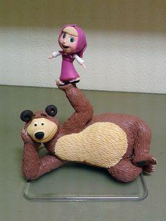 Ateliê Massaroca: Topo de bolo da Masha e o Urso