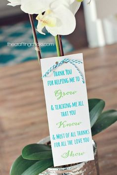 """""""Thank You for Helping Me Grow"""" Flower Teaching Appreciation Printable. Take a look at all these ways to show your teacher you are thankful with these FREE Teacher Appreciation Printables plus more teacher appreciation Ideas on Frugal Coupon LIving.."""