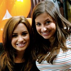 Associate Editor Haley with Demi Lovato!