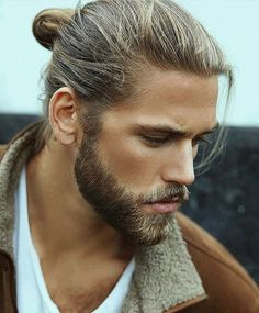 Bearded Man with Man Bun Daily Dose of beard style and men's grooming tips. Beards Bart Barbe Me Beard Styles For Men, Hair And Beard Styles, Long Hair Styles, Modern Hairstyles, Cool Hairstyles, Fashion Hairstyles, Man Bun, Beard No Mustache, Grow Hair
