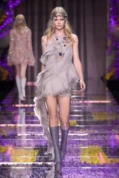 See the best looks from the runways in Paris.