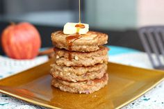 Sugar-Free Apple Dumpling Pancakes - Oatmeal with a Fork Oatmeal Pancakes, Breakfast Pancakes, Pancakes And Waffles, Breakfast Recipes, Yummy Treats, Yummy Food, Apple Dumplings, Gluten Free Breakfasts, Sugar Free Desserts