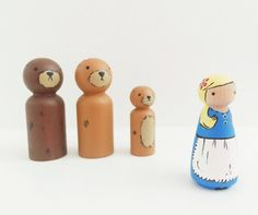 Goldilocks and the three little bears by madebylayla on Etsy Wood Peg Dolls, Clothespin Dolls, Goldilocks And The Three Bears, Homemade Toys, Christmas Figurines, Wooden Pegs, Little Pigs, Classic Toys, Vintage Toys