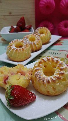Tiramisu - The Italian Food Dessert Gluten Free Recipes, Vegan Recipes, Cooking Recipes, Italian Food Restaurant, Patisserie Sans Gluten, Italian Vegetables, Torte Cake, Aesthetic Food, Dessert Recipes